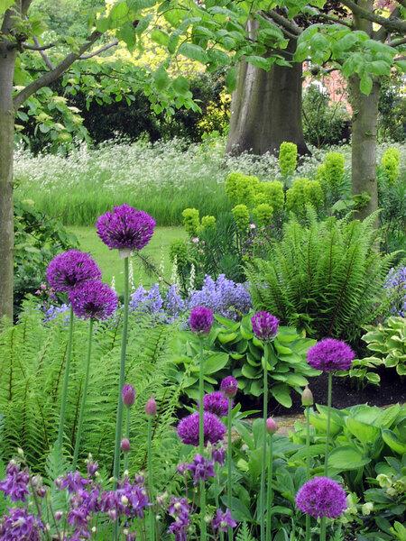 Toddington Manor Garden, Bedfordshire