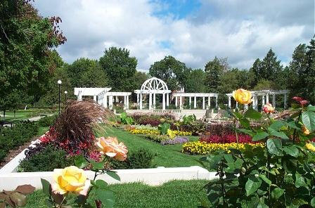 Lakeside Rose Gardens, Indiana