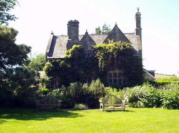 Hill House Gardens, Landscove