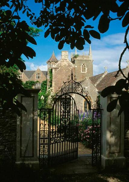Gate, Hanham Court Gardens
