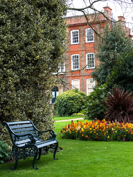 Peckover House and Gardens scuba_dooba
