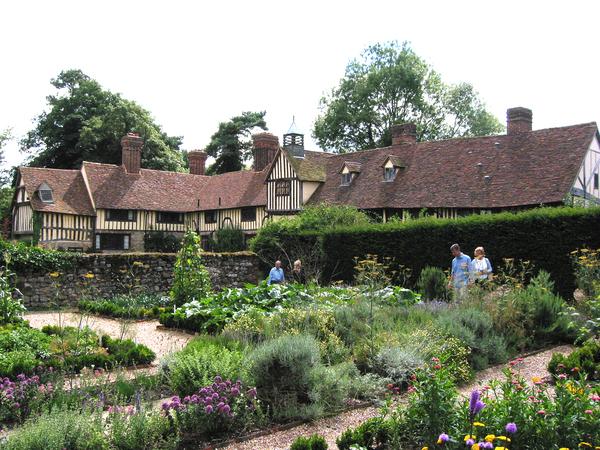 Ightham Mote Garden Miles Berry