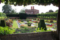 Medium hampton court palace garden 570 jpg original