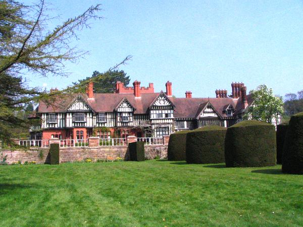 Wightwick Manor Garden jo-h