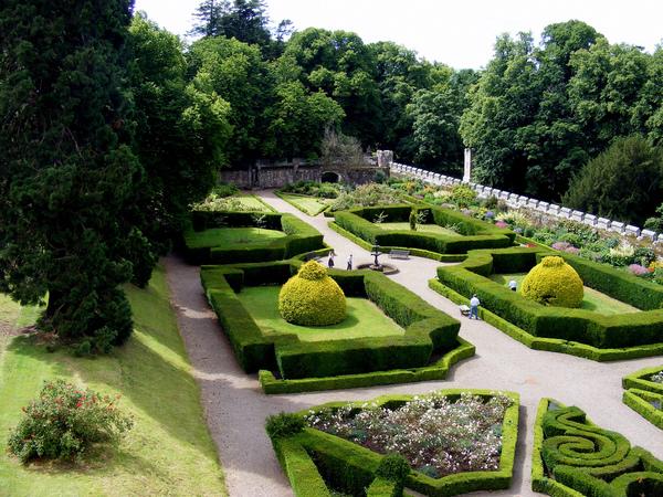 Chillingham Castle Garden Nigel Judson