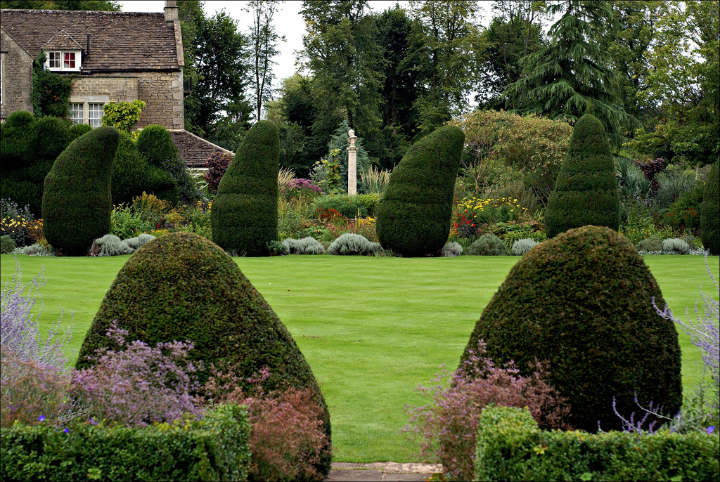 The Courts Garden Howard