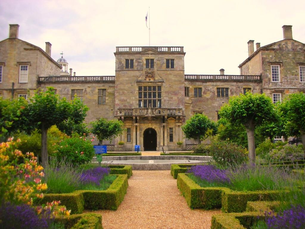 Wilton house garden for House garden images