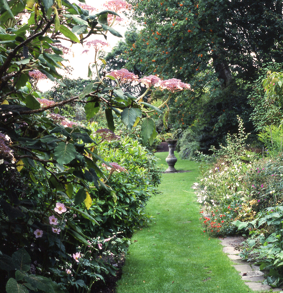 Branklyn Garden Gardenvisit.com