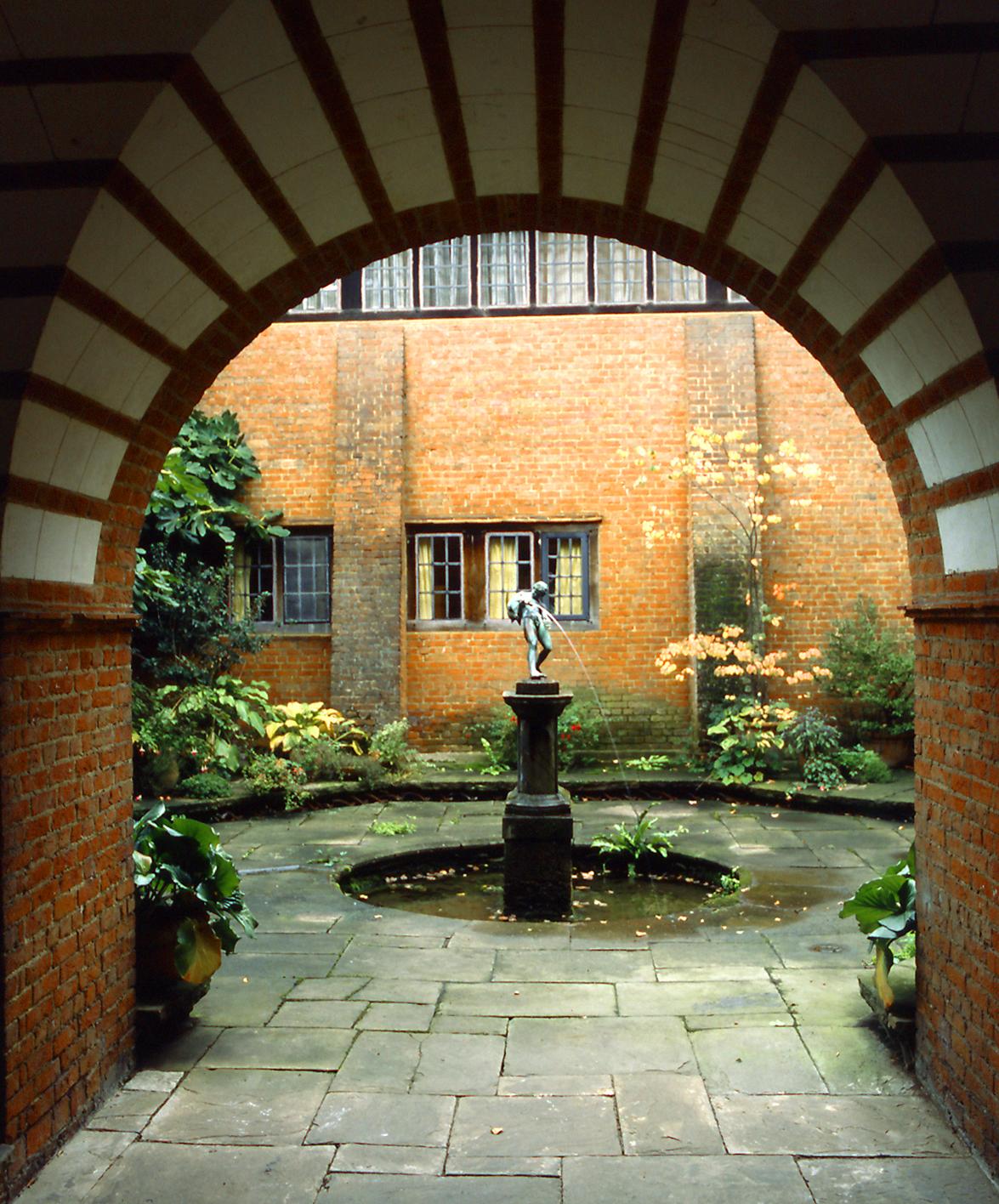 Deanery Garden