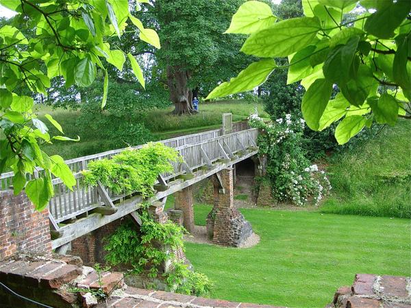 Eltham Palace Gardens Jo Fleet