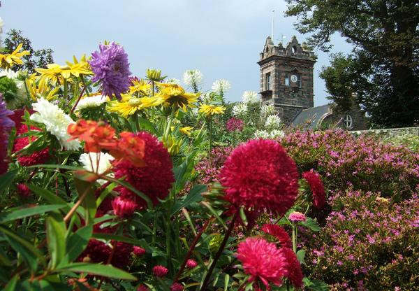 La Seigneurie Garden Henry Burrows