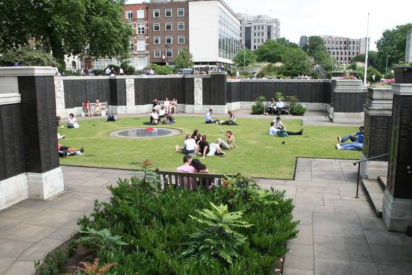 Marine and Navy Memorial Garden Gardenvisit.com