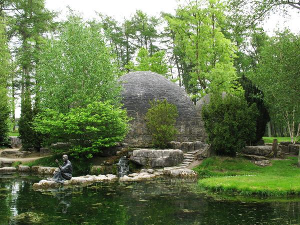 St Fiachra's Garden octodonta