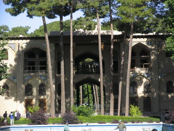Hasht-Behest Gardenvisit.com
