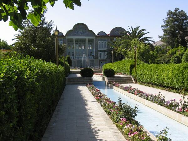 Bagh-e Eram Gardenvisit.com
