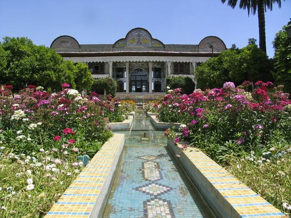 Narenjestan-e Qavam Gardenvisit.com