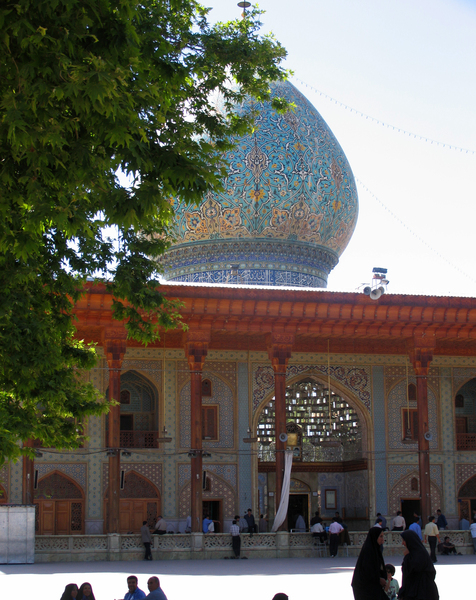 Mausoleum Shah e Cheragh Gardenvisit.com