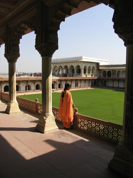 Agra Fort Gardenvisit.com