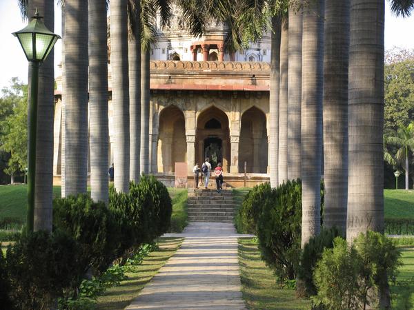 Shalamar Bagh in Delhi Gardenvisit.com