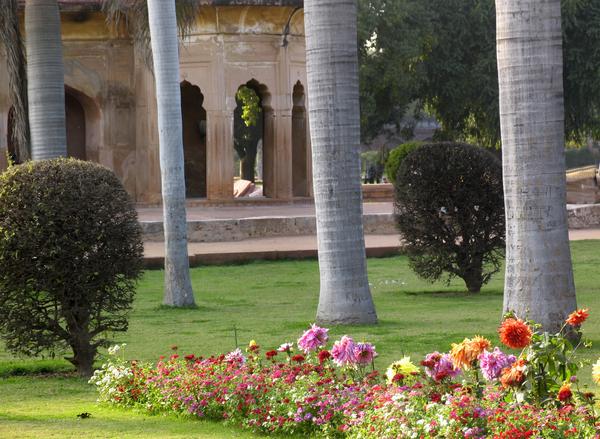 Safdar Jang's Tomb Garden Gardenvisit.com