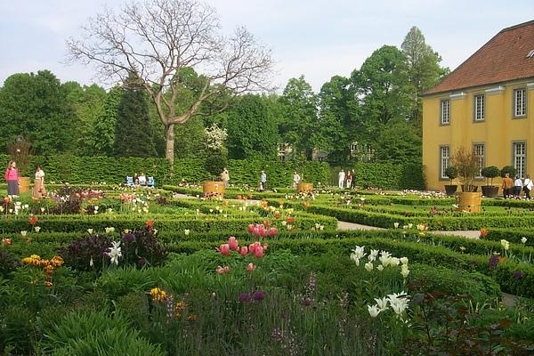 Schloss Benrath, Duesseldorf Tamio Honma