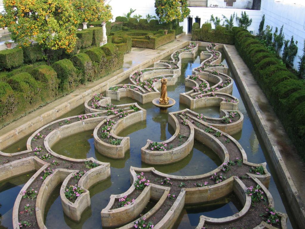 Jardim Episcopal De Castelo Branco