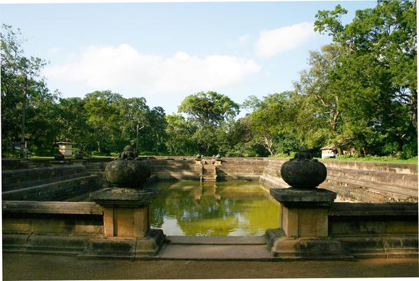 Anuradhapura - Mahamegha Gardens (Mahamevuna Uyana) Gardenvisit.com