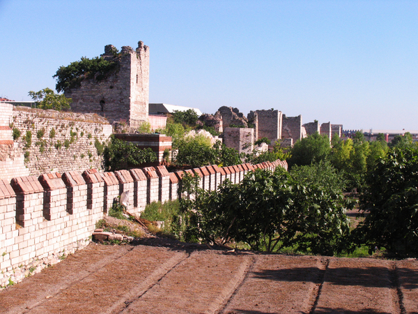 Walls of Constantinople Gardenvisit.com