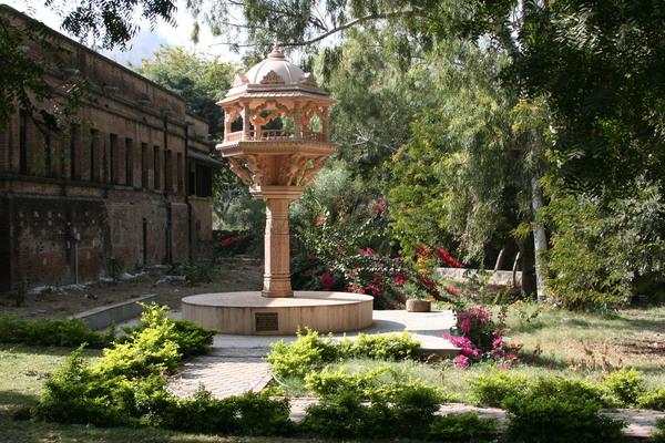Ranakpur Jain Temple Garden Gardenvisit.com