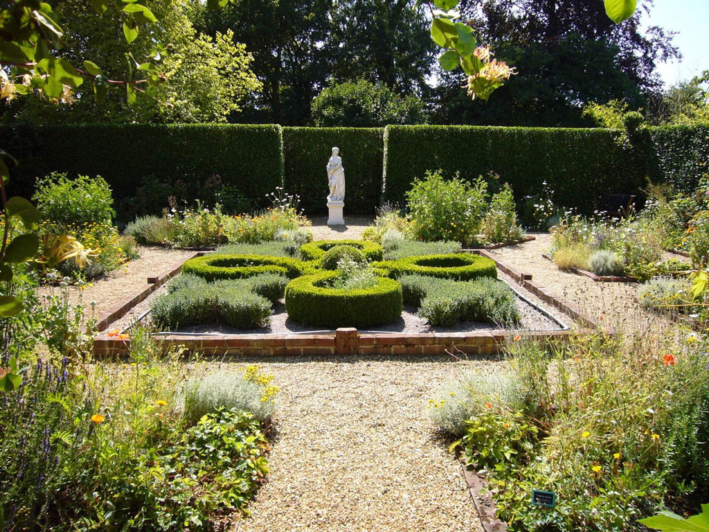 Knot Garden, Otley Hall Garden