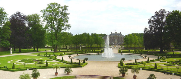 Fountains, Palais Het Loo