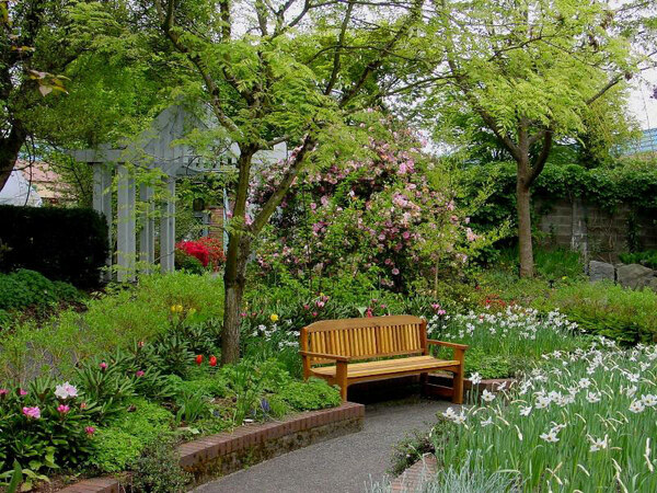 Park & Tilford Gardens, BC