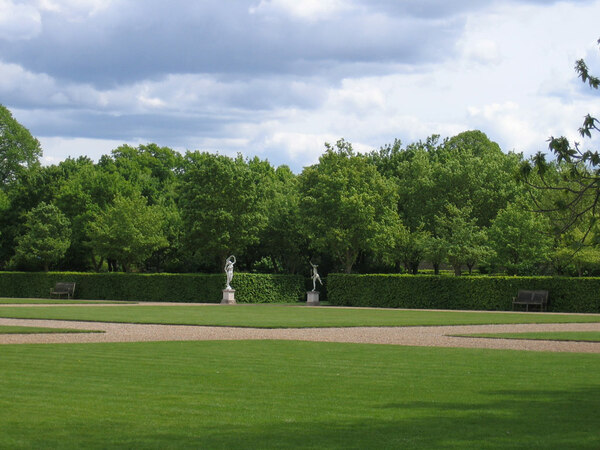 Mercury and Venus, Ham House Garden