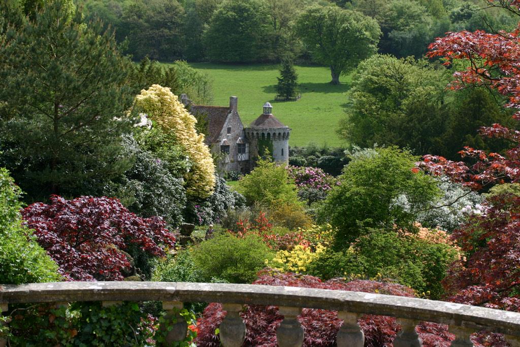 Scotney Castle Garden - Picture of Scotney Castle Garden ...