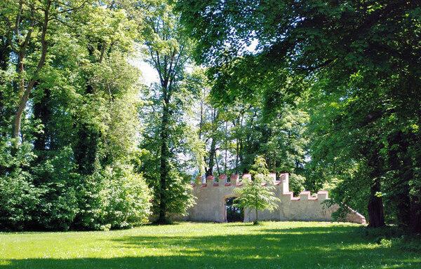 Possenhofen Schlosspark, Germany