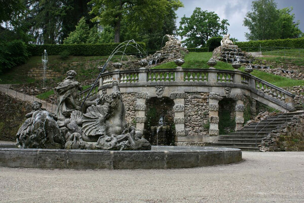 Fountain, Schloss Fantaisie