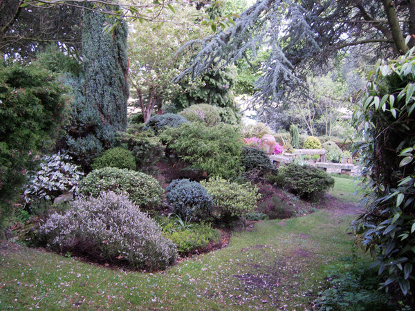 Dr Neil's Garden, Edinburgh