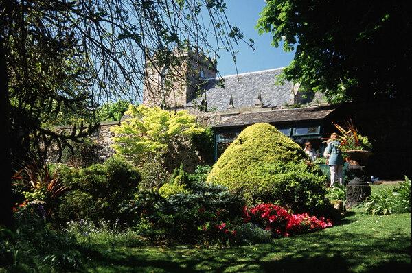 Dr Neil's Garden, Scotland