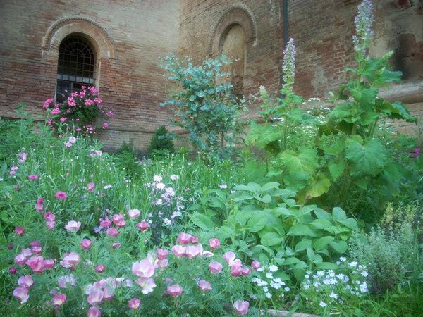 Castello di Galeazza Garden, Italy