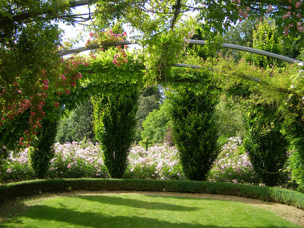 Jardins de Sericourt, June