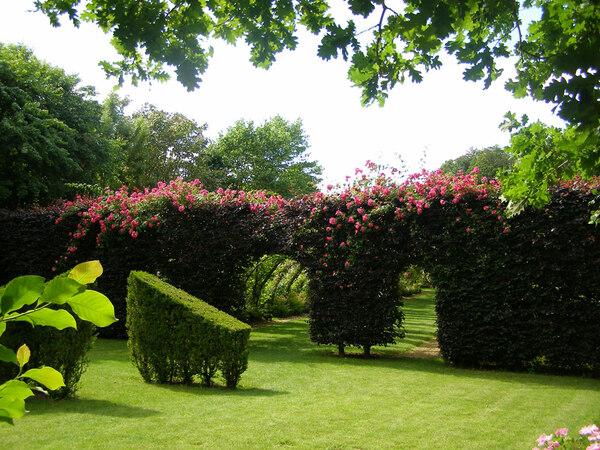 Jardins de Sericourt, Summer