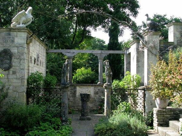 Peto Garden, Iford Manor