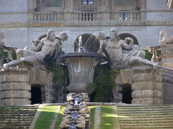Fountain, Villa Farnese