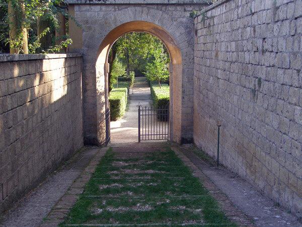 Villa Farnese, Italy