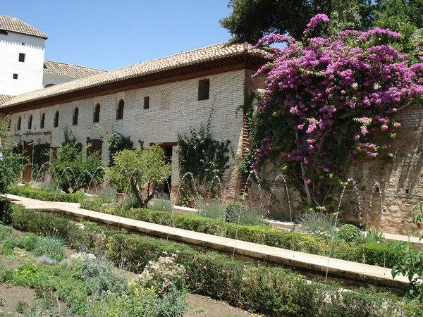 Court of the Long Pond, Generalife Garden