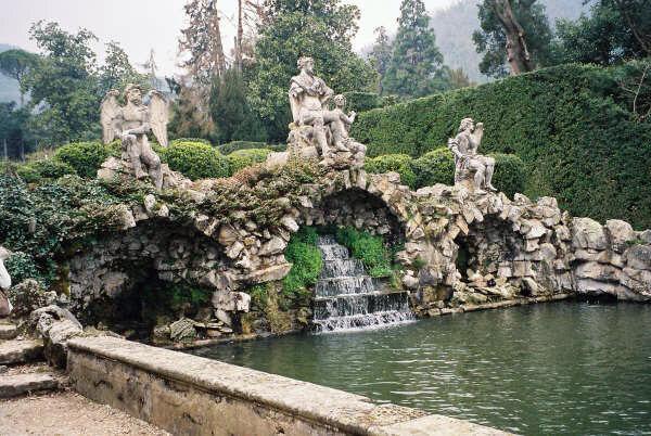 Waterfall, Valsanzibio Gardens