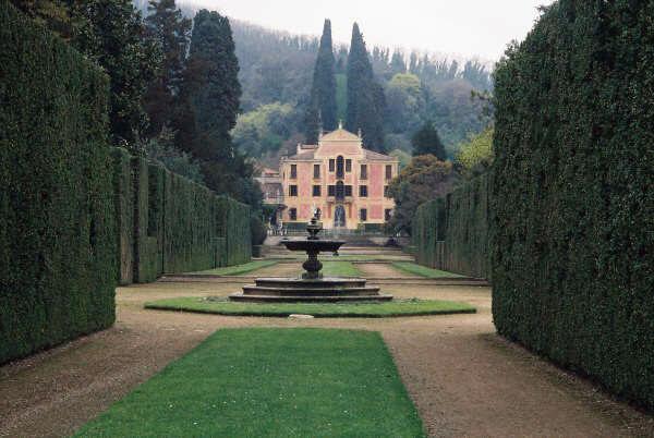 Fountain, Valsanzibio Gardens