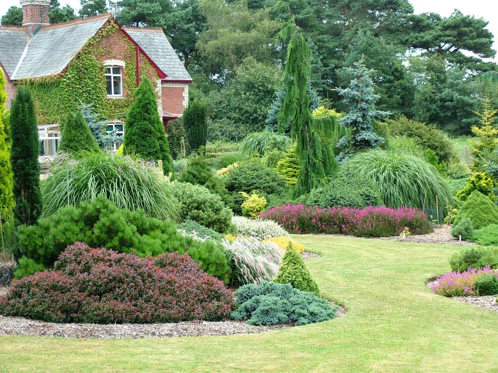 Foxhollow garden - Como decorar un patio ...