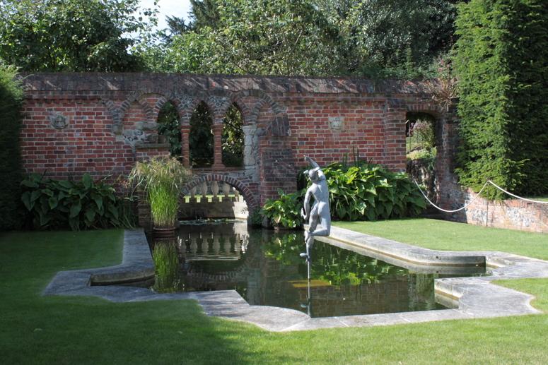 Exceptional Restoration House Garden