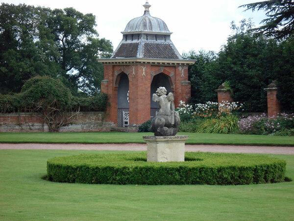 Hanbury Hall Garden, Worcestershire